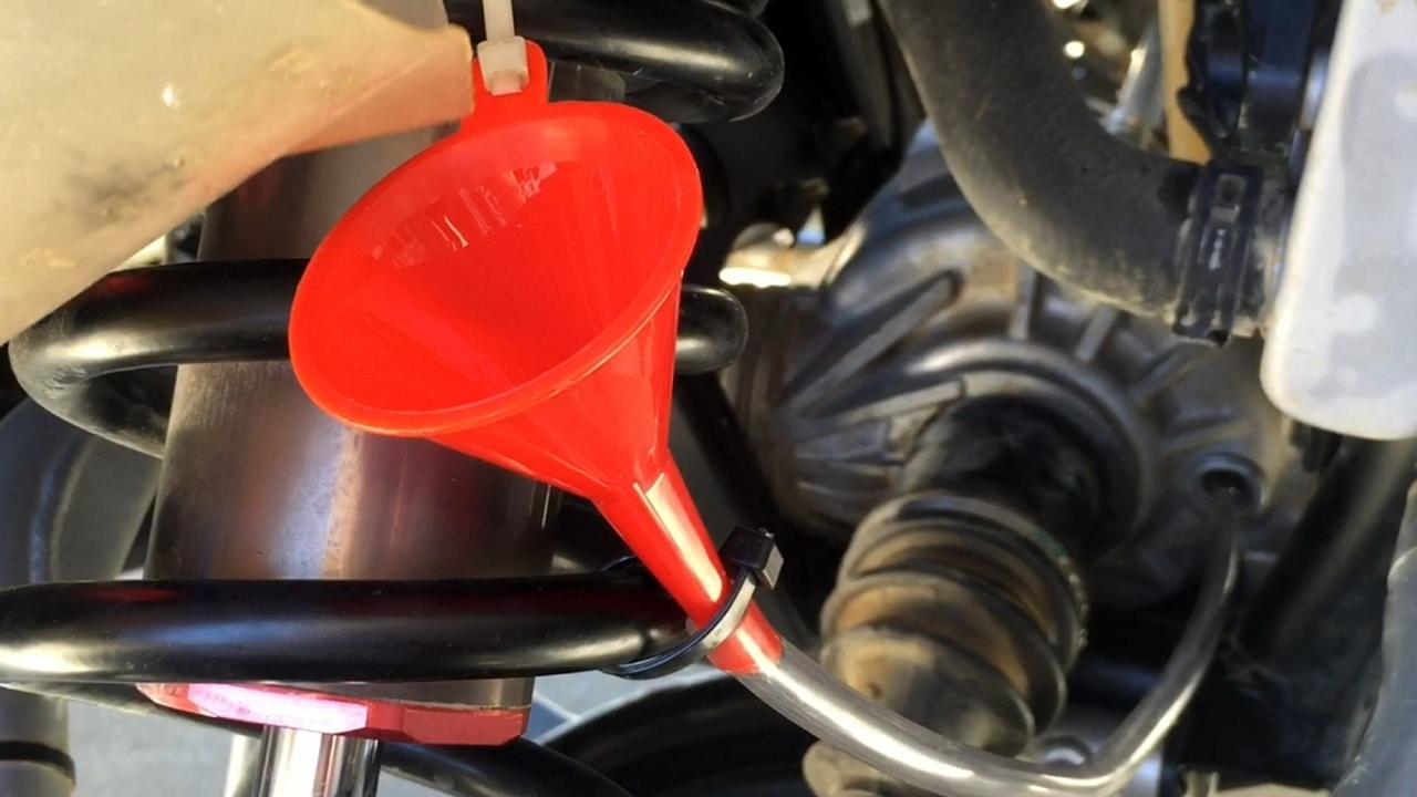 UTV Garage: Polaris RZR XP 1000 Front Gearcase Fluid