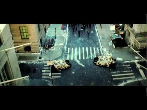 "The Dark Knight Rises ""Full Circle"" Trailer"