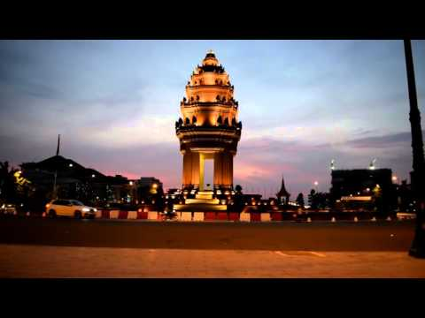 Asian Travel | The Beauty of Independence Monument, Cambodia in Early Morning