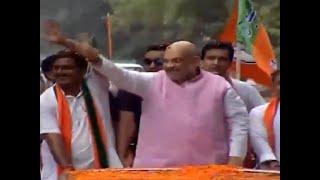 'Jai Shri Ram' slogans echo at Amit Shah's massive roadshow in Kolkata