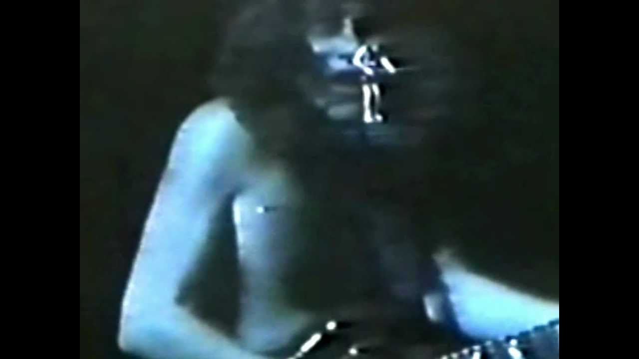 AC/DC live at Tokyo 1981 FULL concert [FULL HD] [REMASTERED] [RARE]