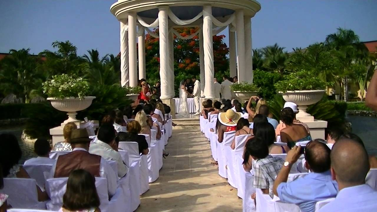 Krissy and eric 39 s wedding july 15 2011 dreams resort for Punta cana wedding resorts