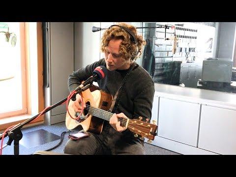Me singing Satellite - Lena   Live @ NDR2 Radio Mp3
