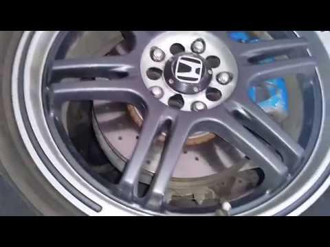 Honda - стук рулевой рейки.