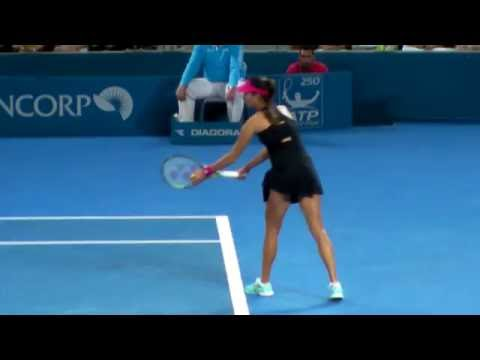 ana-ivanovic---serving