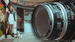 This Vintage Lens is INSANE - Street Photography