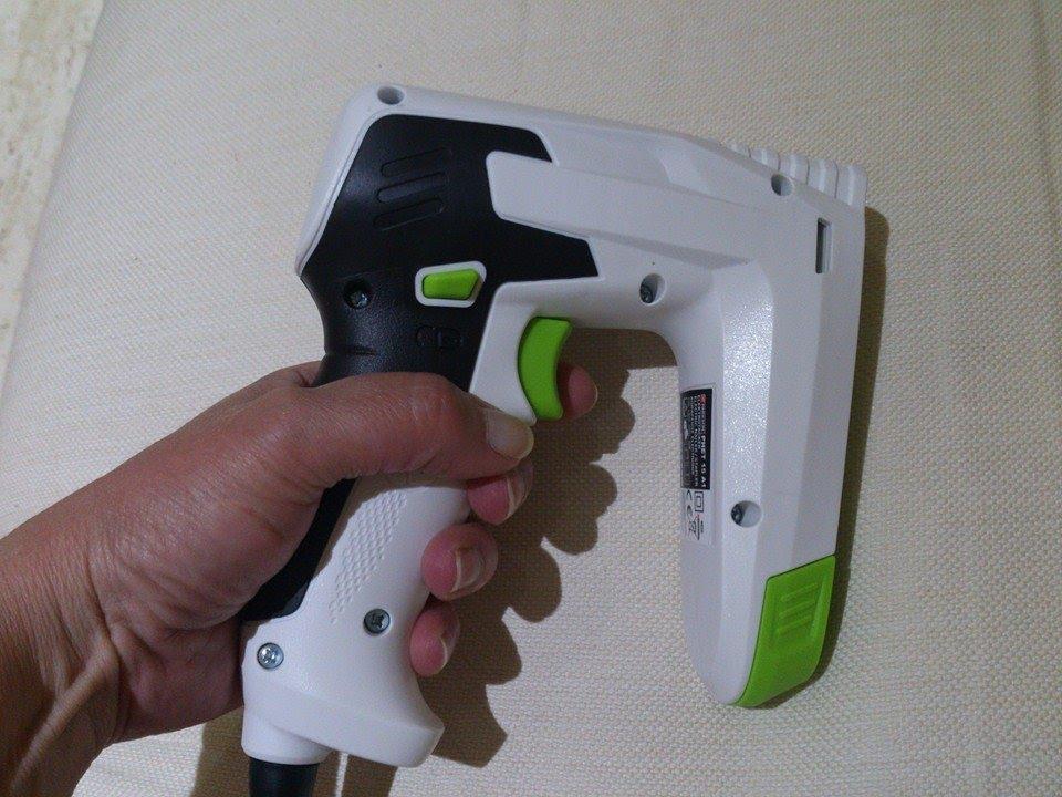 Mi nueva grapadora electrica de lidl youtube - Clavos para tapizar ...