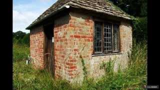 видео Деревянный сарай: пошаговая инструкция. Как быстро построить деревянный сарай на даче?
