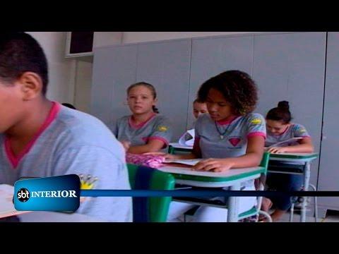 Valparaíso projeto de leitura muda realidade de pais e alunos