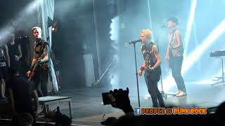 SUM 41 performing in Québec City! »» 17. Another Brick In The Wall ...