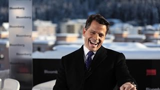 Scaramucci Said to Score Millions in SkyBridge Deal