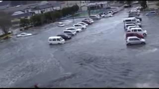 РАЗРУШИТЕЛЬНЫЕ ВОЛНЫ ЦУНАМИ (Япония, 2011) / Destructive tsunami waves (Japan, 2011)
