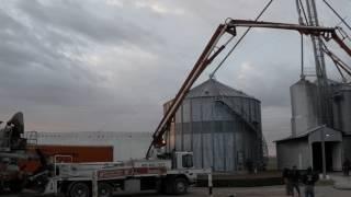 Time lapse of the construction of a 50,000 bushel grain bin.