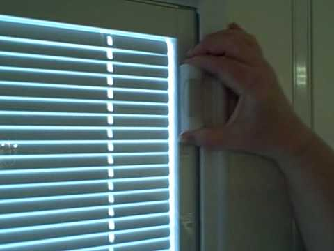Fixing Magnet On Internal Raise And Lower Mini Blind Door Glass Window
