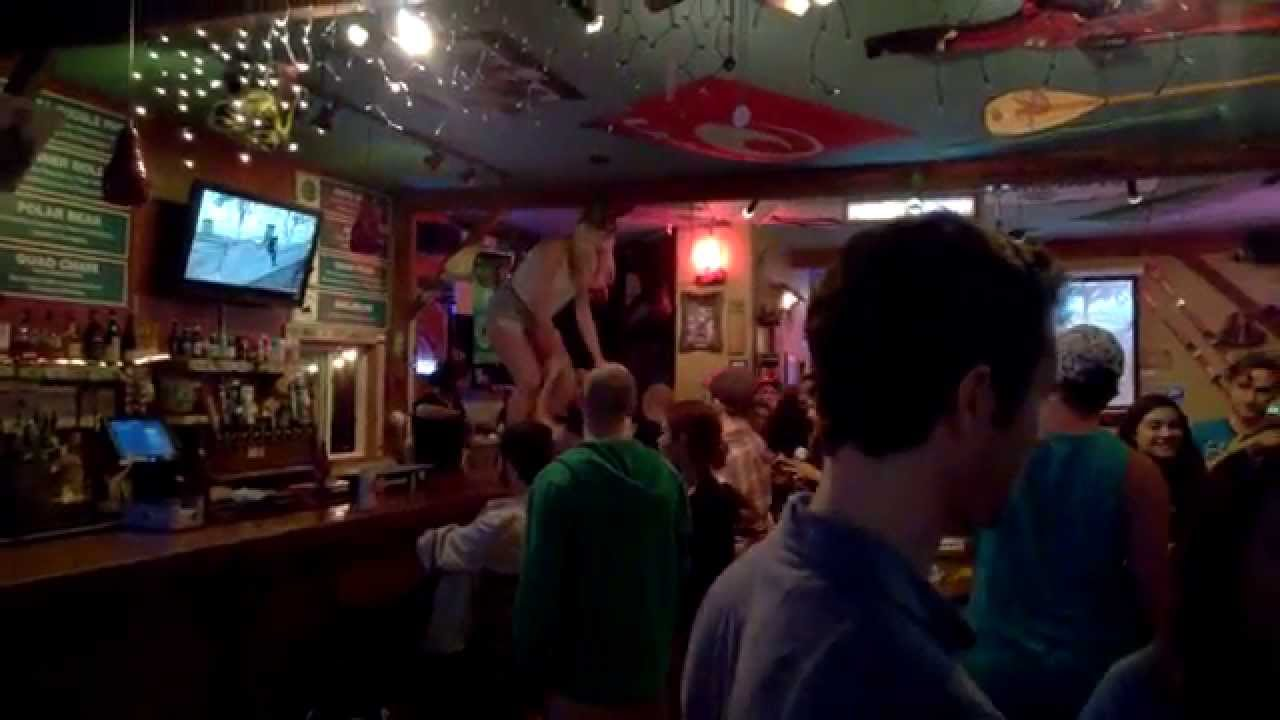Drunk Girl Dancing At Bar - Porn Galleries-2025