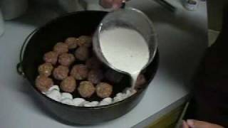 Outdoor Dutch Oven Recipes - Meatballs And Gravy