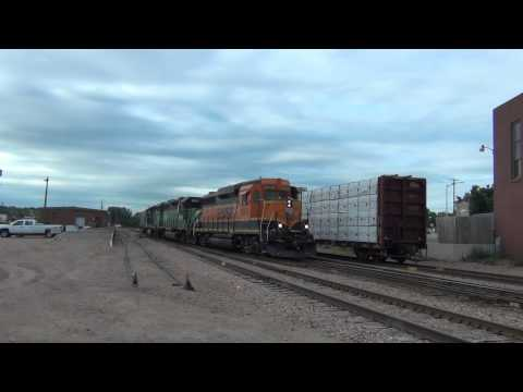 BNSF 2800 South at Sioux Falls, South Dakota 8/3/13 (HD)