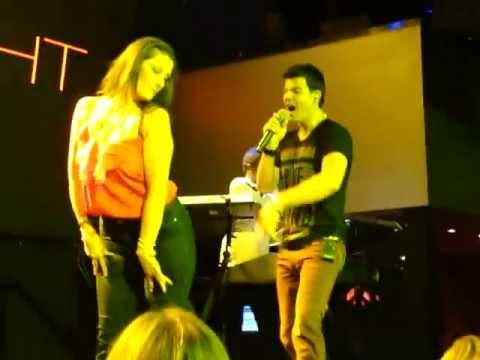 Jordan Knight serenading 3 lucky fans - ROCKSTAR -  Toronto - Oct 4 2012