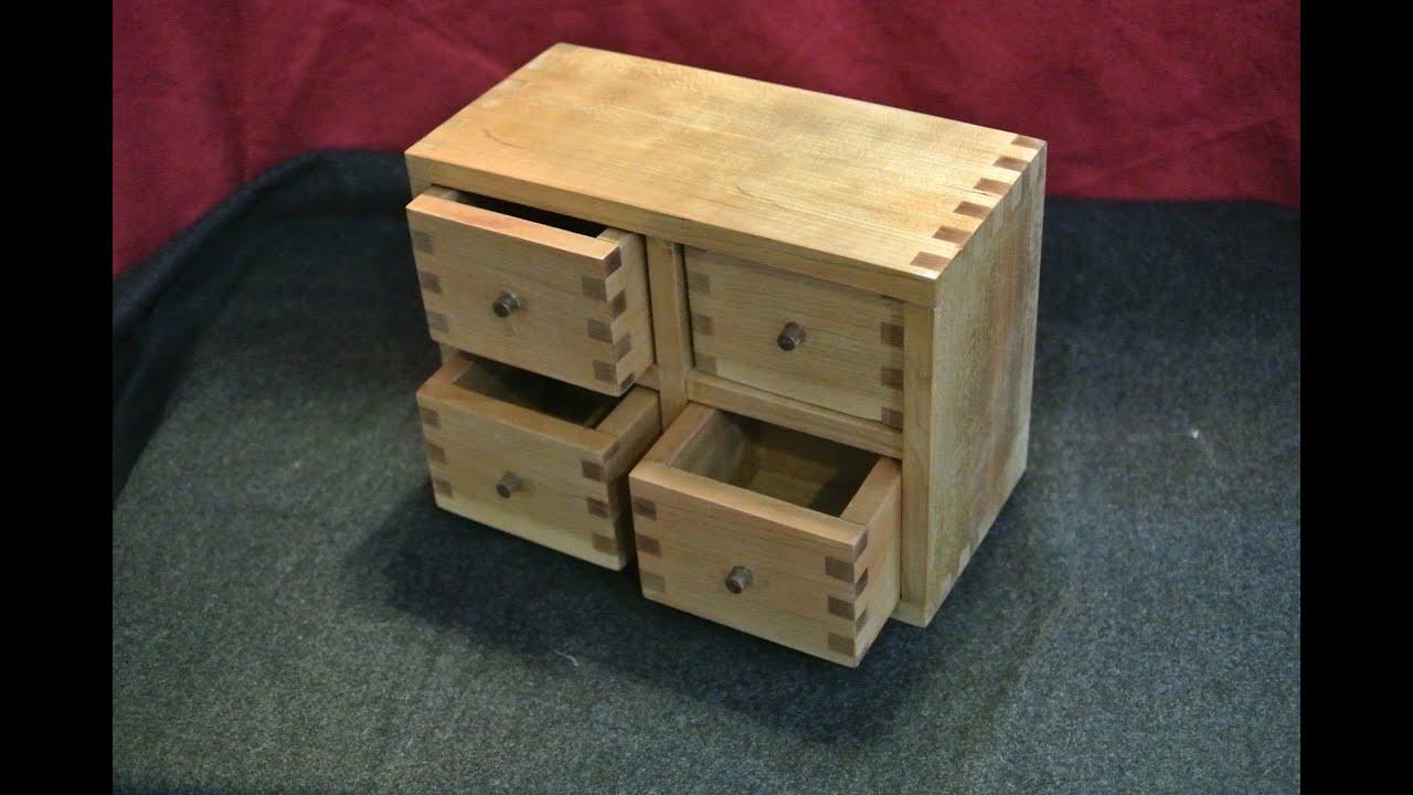 Holzverbindungen  Holzverbindungen: 3. Fingerzinken für Anfäger - Tutorial Werken ...