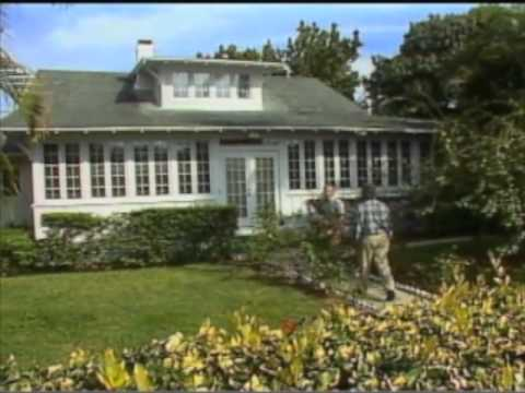 How to Select a House to Remodel - Cracker Cottage in Naples, FL - Bob Vila eps.501