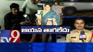 Breaking news || hero rajasekhar injured in road accident - tv9 telugu