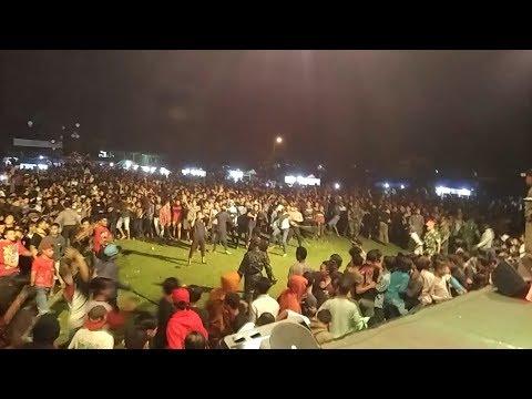 KEN AROCK LIVE JEMBER penonton full tawuran barikade roboh