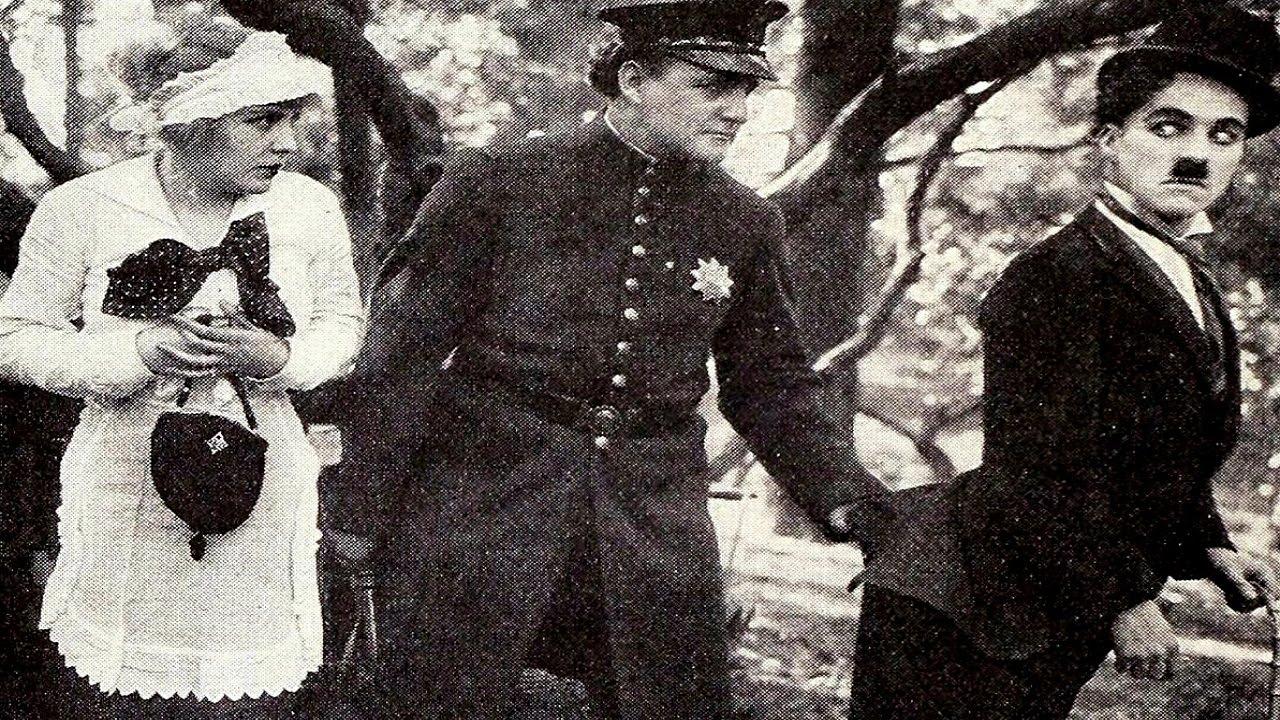 Parkta - In The Park (1915) - Charlie Chaplin