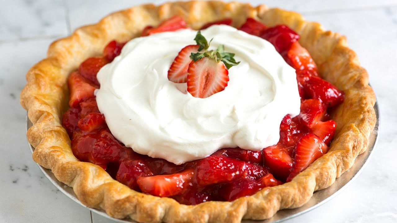 Simple and Fresh Homemade Strawberry Pie Recipe