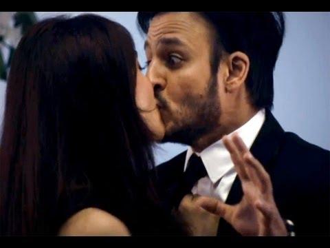 Jayantabhai Ki Luv Story song Thoda Thoda: Neha Sharma forcefully kisses Vivek Oberoi