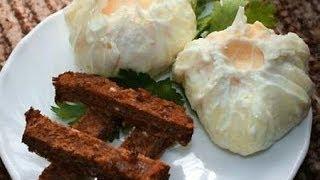 Как сварить яйцо пашот(Как приготовить, сварить яйцо пашот с уксусом и без уксуса. Смотрите видео, оставляйте отзывы., 2014-04-10T17:43:08.000Z)