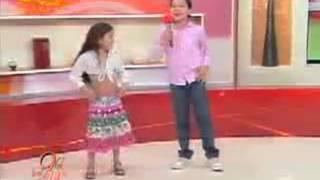 танцуют дети румынских цыган.flv.mp4