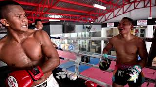 Buakaw Banchamek and Saenchai sparring at YOKKAO Training Center Bangkok #MuayThai