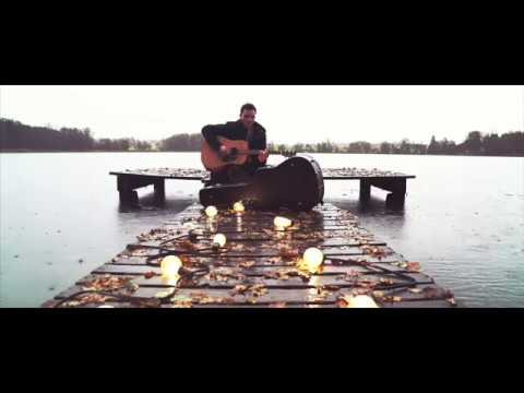 Nick Mellow - Wait And See [Live Acoustic Version] - YouTube