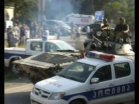 Naezd na patrul ruskimi tankami