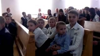 VID 20130929 100645Пред началом свадебного богослужения духовой оркестр