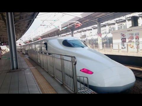 新幹線N700A。扉が閉まれば強烈加速! Shinkansen powerful acceleration.Kokura station/Japan.