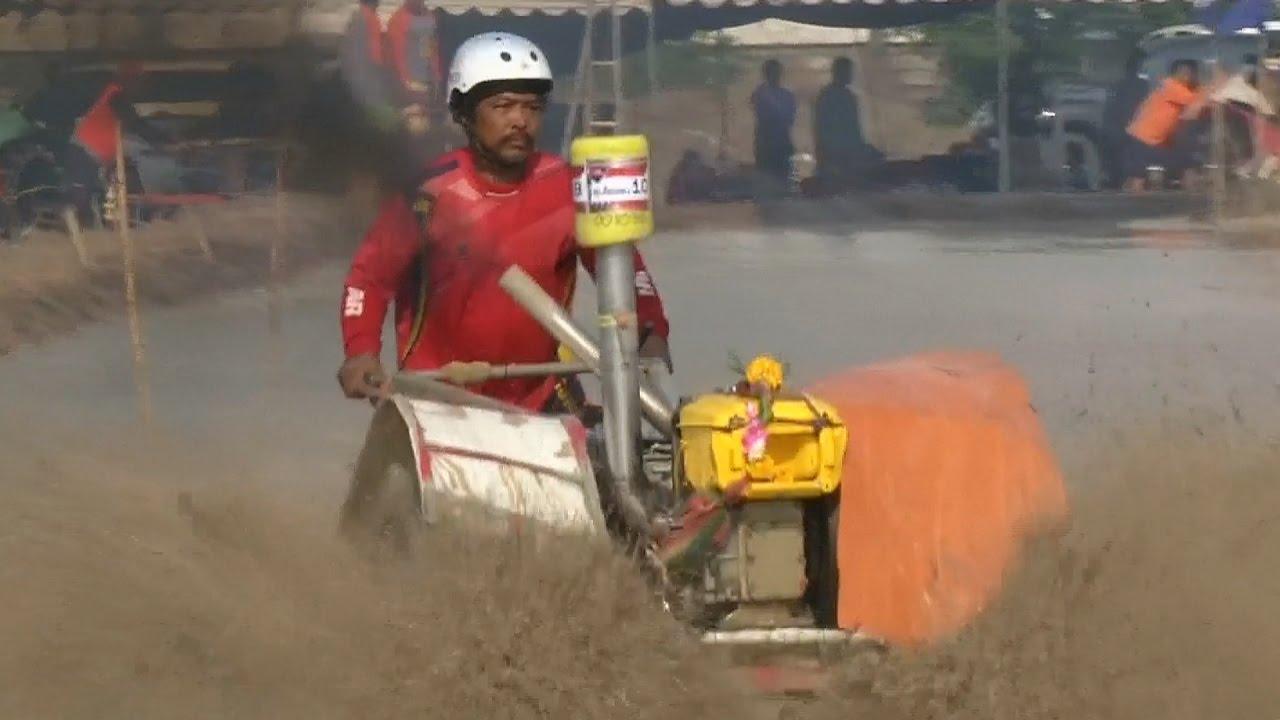 Гонки на тракторах по бездорожью прошли в Таиланде (новости)