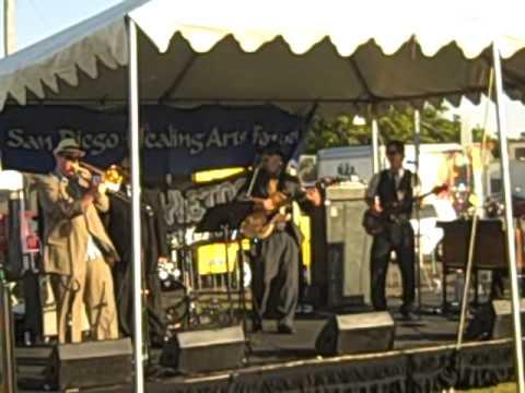 Adams Ave Roots Fest e