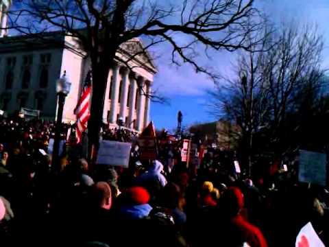 Wisconsin Rally March 12, 2011 - Tony Shaloub (The Monk)