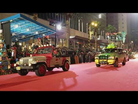 Hollywood Christmas Parade 2017 Star Cars