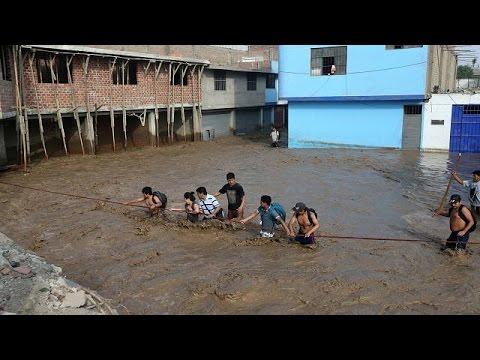 Alluvione in Perù: tre regioni isolate, navi e aerei per portare aiuti umanitari
