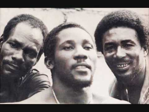 Toots & the Maytals - Love Gonna Walk Out on Me