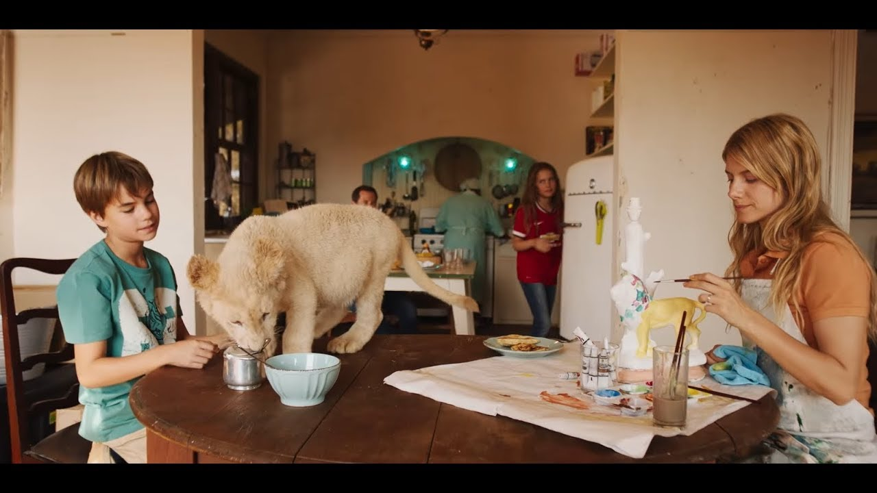 Mia And The White Lion Mia Et Le Lion Blanc 2018 Trailer English Youtube