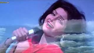 الفنان الراحل ( فيروز خان ) والفنانة الراحلة ( سيرديفى كابور ) كليب ( العزف على أوتار الحب )