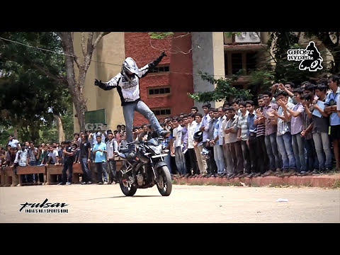 Pulsar 200NS stunt by Ghost Ryderz in CET & VIT