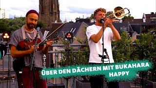 """COSMO Konzert: Über den Dächern mit ... Bukahara spielen """"Happy"""""""