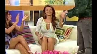 Repeat youtube video Maritere Alessandri PECHUGONA