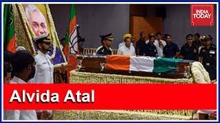 Top BJP Leaders Adorn Atal Bihari Vajpayee's Casket With Flowers At BJP HQ