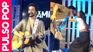 """CAMILO besa a EVALUNA y le canta """"Tutu"""" en concierto privado (Miami)"""