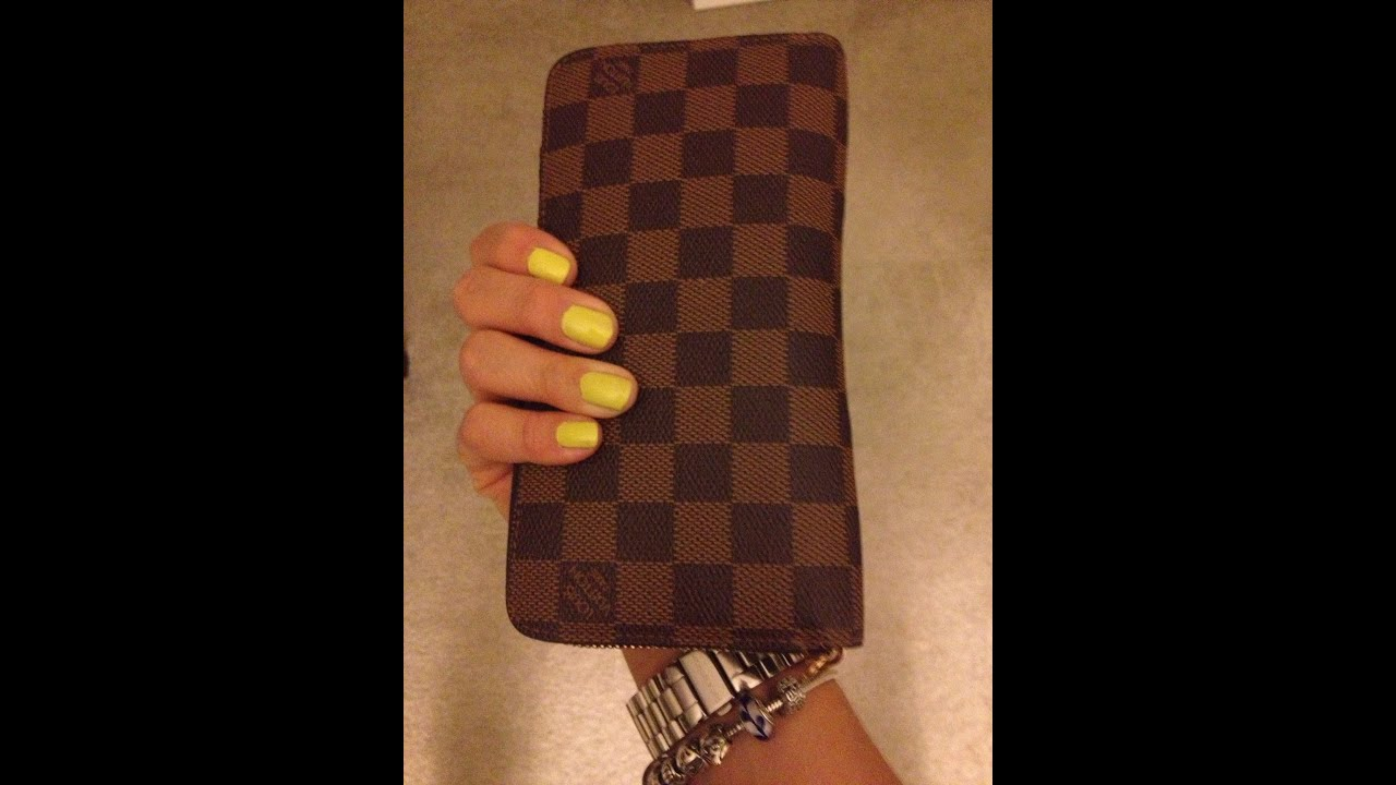 53eff60fe9c8 Louis Vuitton Zippy Wallet Review! ❤😎 - YouTube